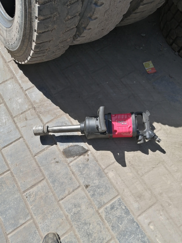 汽修风炮大货车前四后八轮胎螺丝拆装就用曼利威M-866